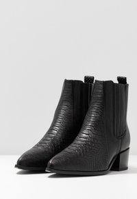 Pavement - SAGE - Kotníkové boty - black - 4