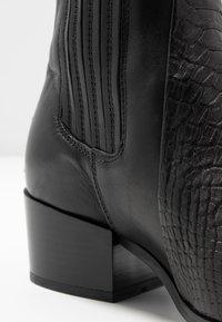 Pavement - SAGE - Kotníkové boty - black - 2