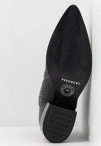 Pavement - SAGE - Kotníkové boty - black - 6