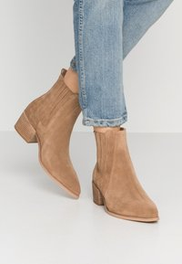 Pavement - SAGE  - Ankle boots - taupe - 0