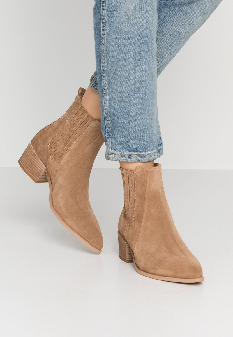 Pavement - SAGE  - Ankle boots - taupe