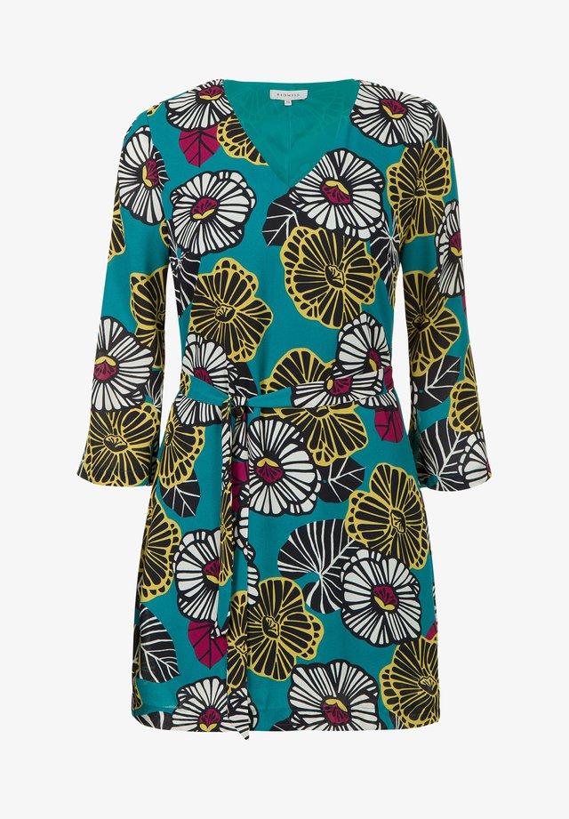 TRAVALLI - Korte jurk - multi-coloured