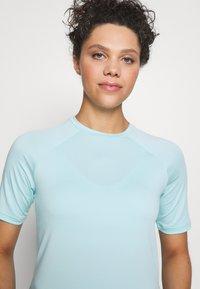 POC - ESSENTIAL TEE - T-Shirt print - light kalkopyrit blue - 3