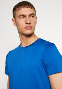 POC - RESISTANCE ENDURO LIGHT TEE - T-Shirt basic - light azurite blue - 3