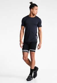POC - RESISTANCE ENDURO LIGHT TEE - T-Shirt basic - carbon black - 1