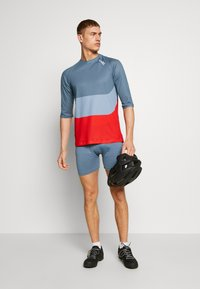 POC - ESSENTIAL ENDURO LIGHT - T-Shirt print - calcite multi blue - 1