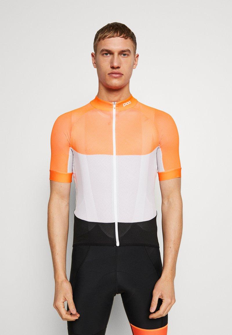 POC - ESSENTIAL ROAD LIGHT  - T-Shirt print - granite grey/zink orange
