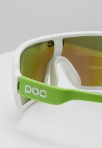 POC - DO BLADE - Sportbrille - hydrogen white/cannon green - 3