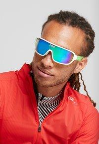 POC - DO BLADE - Sportbrille - hydrogen white/cannon green - 1