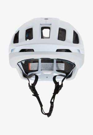 AXION SPIN - Helmet - hydrogen white/apophyllite green matt