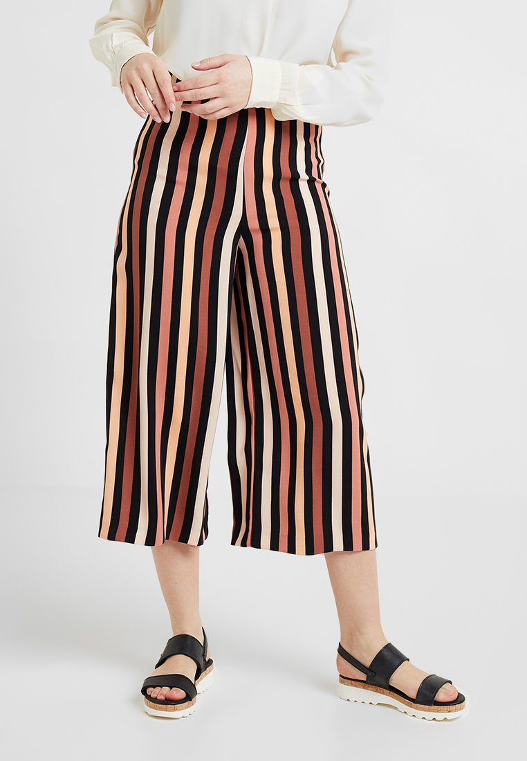 Miss Selfridge Petite - STRIPE CULOTTE - Pantalon classique - multi coloured