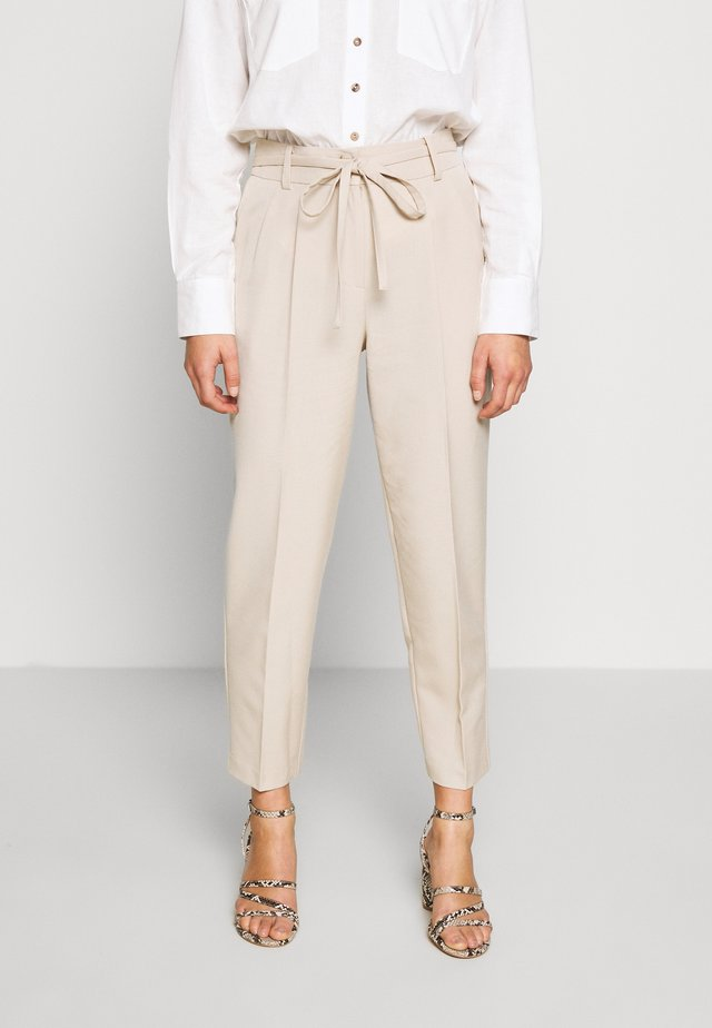 BELTED PAPERBAG - Trousers - grey
