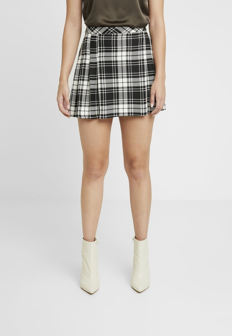 Miss Selfridge Petite - CHECK KILT SKIRT - A-line skirt - mono