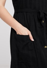 Miss Selfridge Petite - STRAPPY BUTTON SUNDRESS - Długa sukienka - black - 6