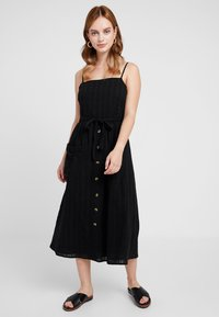 Miss Selfridge Petite - STRAPPY BUTTON SUNDRESS - Długa sukienka - black - 0