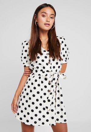 SPOT DRESS - Abito a camicia - white