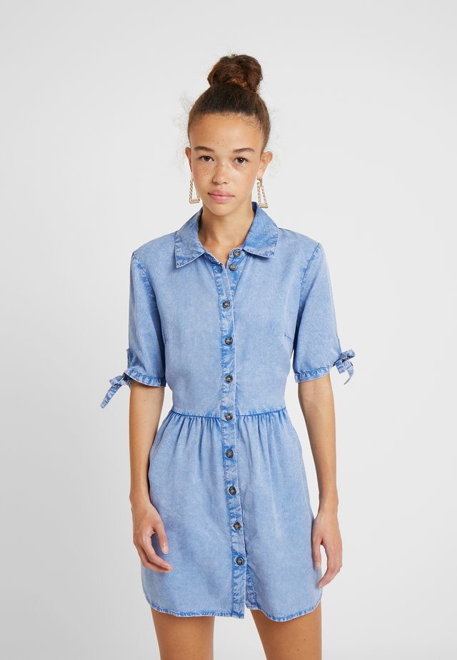 SHIRT DRESS - Denim dress - blue