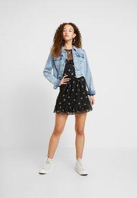 Miss Selfridge Petite - PRINTED FRILL DRESS - Day dress - multi - 2
