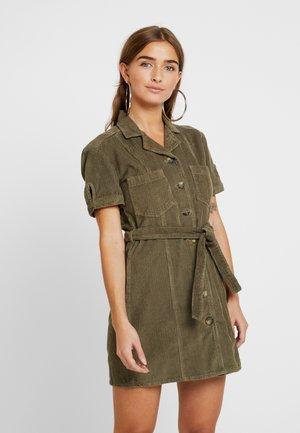 UTILITY DRESS - Vestido informal - khaki