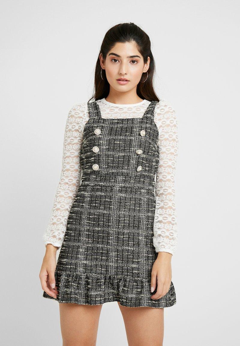 Miss Selfridge Petite - PINNY DRESS - Stickad klänning - mono