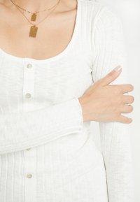 Miss Selfridge Petite - BUTTON DOWN MINI DRESS - Gebreide jurk - oatmeal/marl - 5