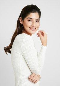 Miss Selfridge Petite - BUTTON DOWN MINI DRESS - Gebreide jurk - oatmeal/marl - 3