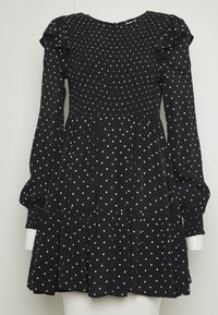 Miss Selfridge Petite - SHIRRED SPOT TEA DRESS - Kjole - black - 8