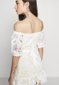 Miss Selfridge Petite - LACE BARDOT MINI DRESS - Cocktail dress / Party dress - lemon - 5