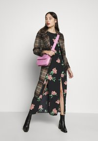 Miss Selfridge Petite - SPACED FLORAL MAXI - Day dress - multi - 1