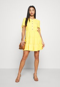 Miss Selfridge Petite - TIERRED DRESS - Shirt dress - yellow - 2