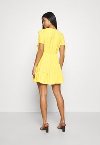 Miss Selfridge Petite - TIERRED DRESS - Shirt dress - yellow - 3
