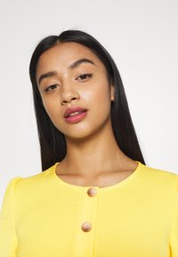 Miss Selfridge Petite - TIERRED DRESS - Shirt dress - yellow - 5