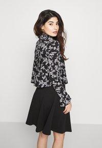 Miss Selfridge Petite - SHIRRED HIGH NECK - Long sleeved top - black - 2