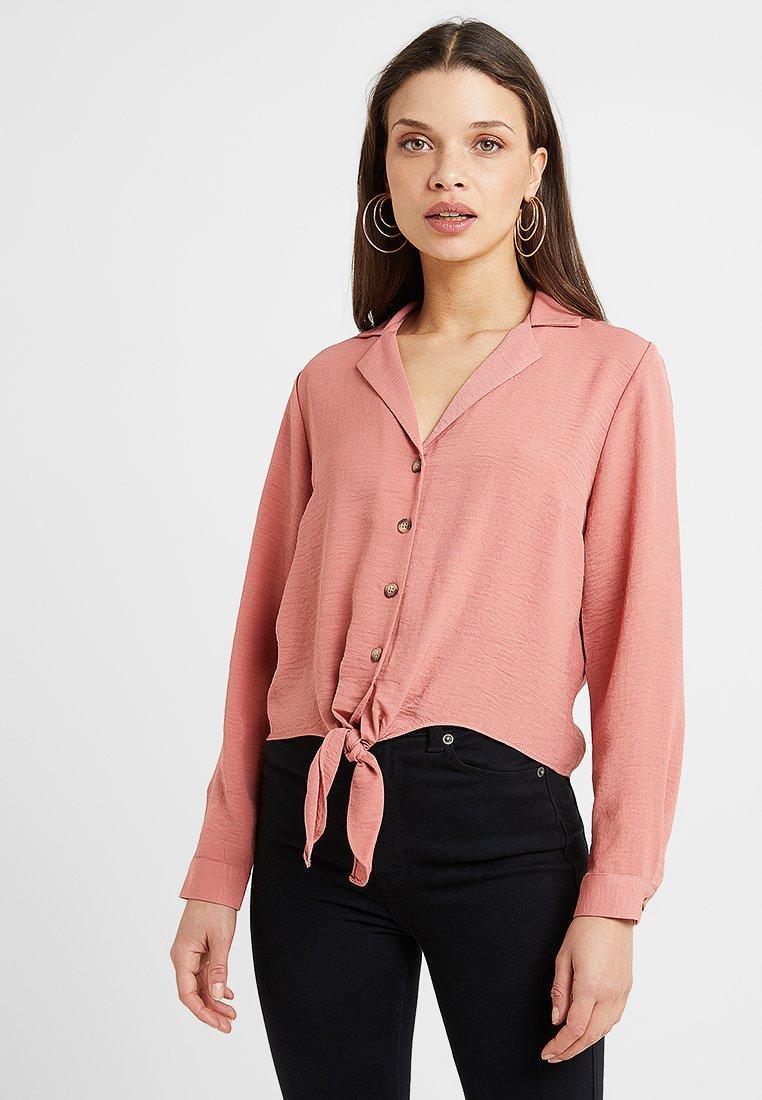 Miss Selfridge Petite - PLAIN TIE FRONT - Blouse - pink