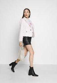 Miss Selfridge Petite - BOUCLE  - Sportovní sako - pink - 1