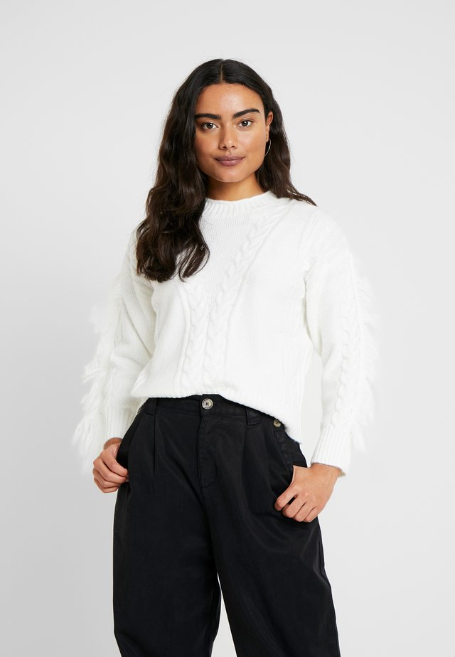 TASSLE SLEEVE JUMPER - Jumper - cream