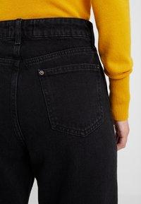 Miss Selfridge Petite - Jeans Relaxed Fit - black - 5