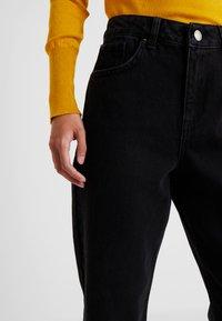 Miss Selfridge Petite - Jeans Relaxed Fit - black - 3