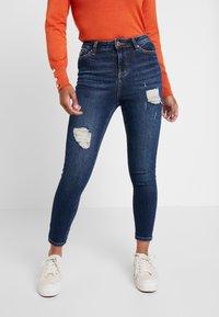 Miss Selfridge Petite - LIZZIE - Jeans Skinny Fit - dark blue denim - 0