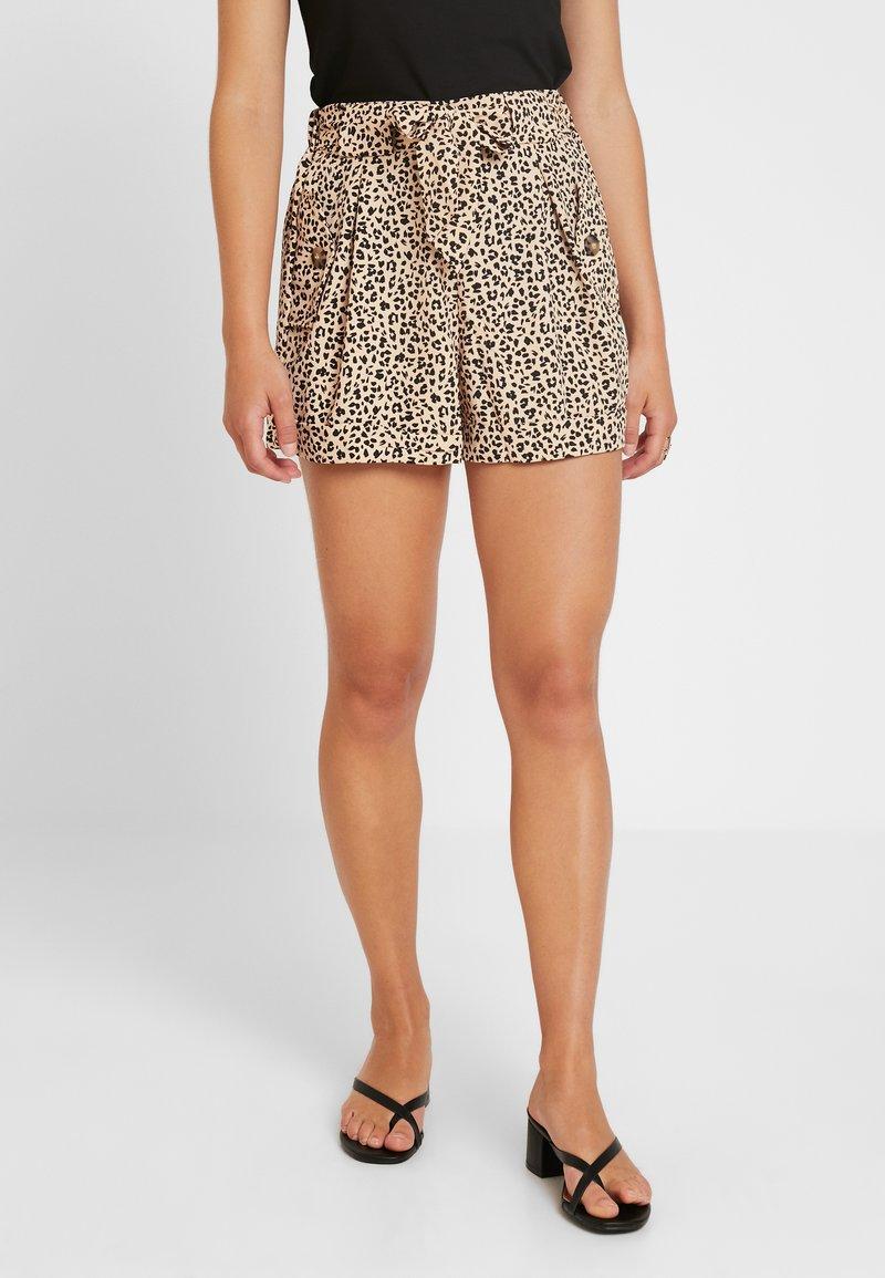 Miss Selfridge Petite - LEOPARD SHORT - Shorts - multi