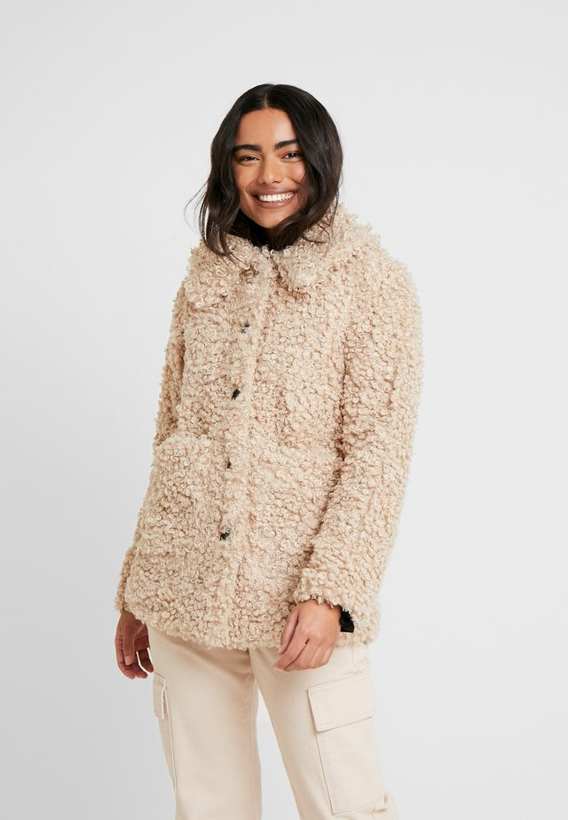 LONGLINE CURLY TEDDY - Winter jacket - neutral