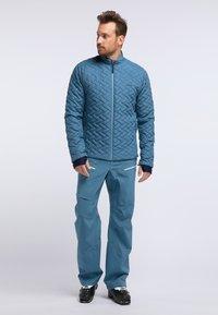 PYUA - RAY - Snowboard jacket - stellar blue - 1