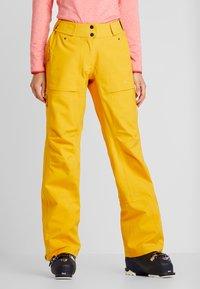 PYUA - RELEASE - Pantaloni da neve - pumpkin yellow - 0