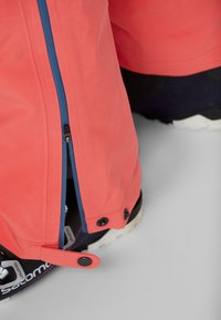 PYUA - RELEASE - Snow pants - grapefruit pink - 4