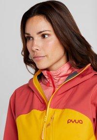 PYUA - GORGE - Skijakke - dark rose/pumpkin yellow - 3