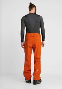 PYUA - RELEASE - Snow pants - rusty orange - 2