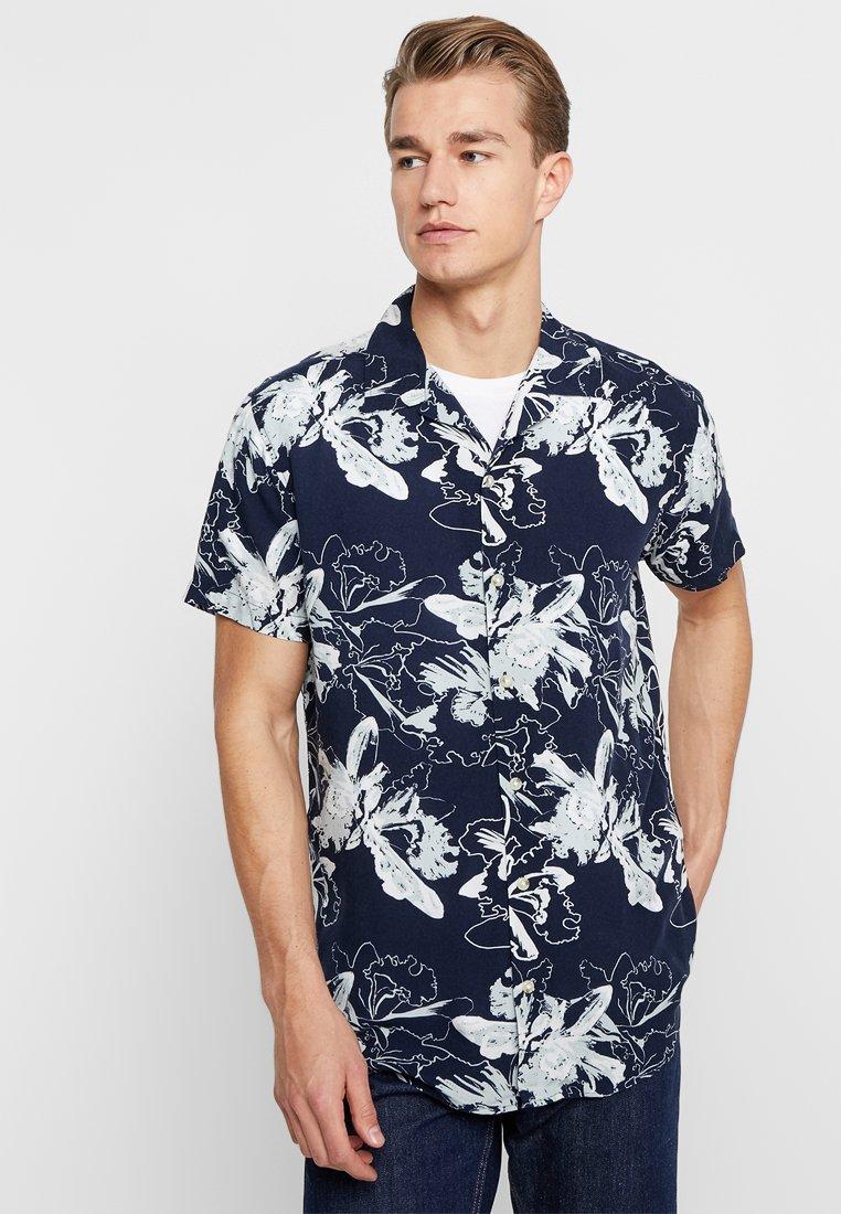 Produkt - PKTDEK GLOW RESORT SHIRT - Shirt - dark navy