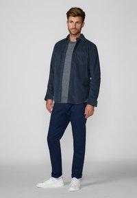 Produkt - Shirt - blue - 1