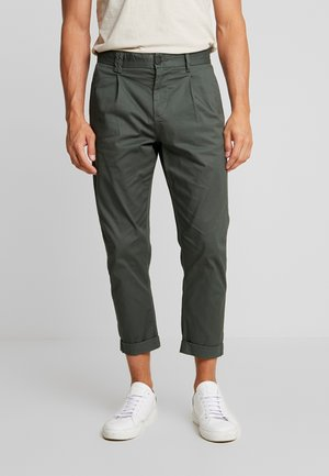 PKTAKM PANTS - Chinot - urban chic