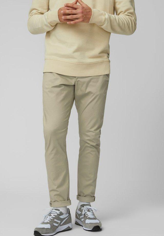 Spodnie materiałowe - laurel oak